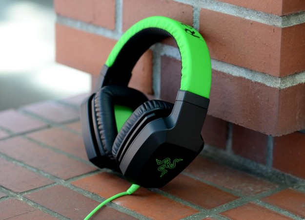 razer-electra-review-headphones-angle-625x450-c